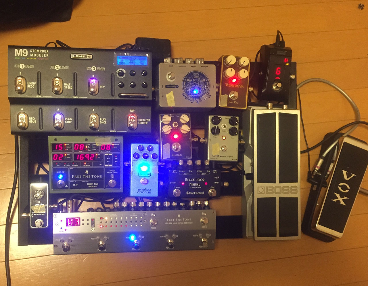【エフェクターボード大公開】ヒタッピギタリストさん